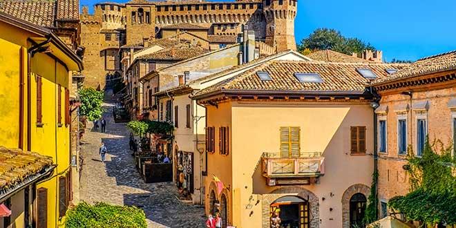 Wakacje we Włoszech - miasto Gradara